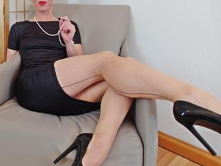 FetischNicole - sexy, charmante, dominante Fetisch Lady